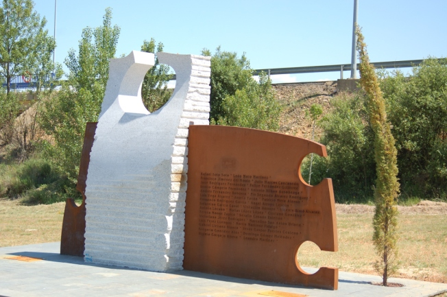 Monolito de Valverde de La Virgen